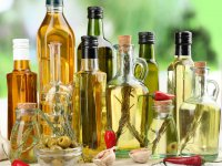 belchonock: Different sorts of cooking oil, close-up